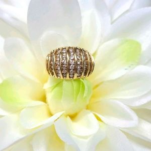 BEAUTIFUL YELLOW GOLD DIAMOND DOME RING